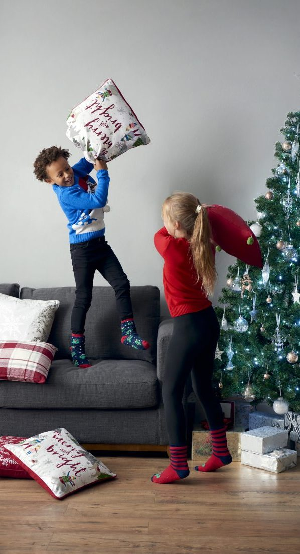 2018_SES_XMS_CHILDREN_JUMPING_CUSHIONS-656x1104-c